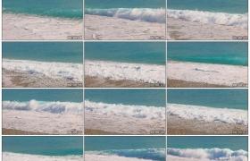 4K实拍视频素材丨海边沙滩上波浪翻滚