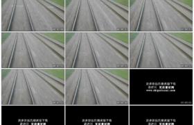 4K实拍视频素材丨在高速行驶的火车上拍摄车后的铁轨