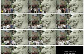 4K实拍视频素材丨北京大栅栏人来人往前的狮子