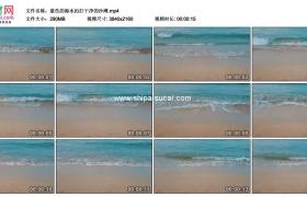 4K实拍视频素材丨蓝色的海水拍打干净的沙滩