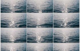 4K实拍视频素材丨蓝色的海面上翻着波浪映照着阳光星星点点