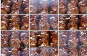 高清实拍视频素材丨特写不停翻转烤肉串