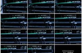 4K实拍视频素材丨电视演播室内机架上的服务器