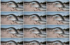 高清实拍视频素材丨工厂污水通过管道排放到河里