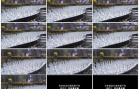 4K实拍视频素材丨啤酒生产线车间传送带上传送的空酒瓶