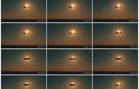高清实拍视频素材丨无人机在日出的天空中悬停