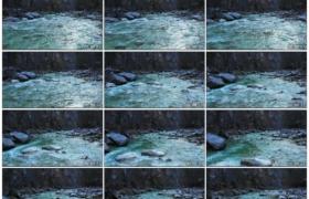 高清实拍视频素材丨航拍冬天流淌的河流