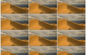 高清实拍视频素材丨特写风吹动沙丘上的沙粒飘飞