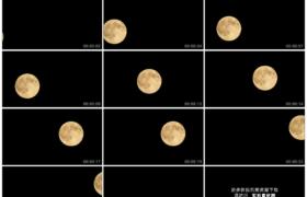 高清实拍视频素材丨一轮圆圆的明月在漆黑的夜空中穿行