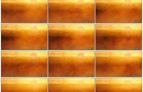 高清实拍视频素材丨阳光照射着在草地上弥漫的浓雾